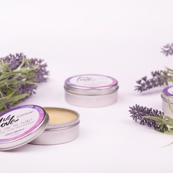 Natuurlijke Deodorant Blikje Lovely Lavender (sfeer) - We Love The Planet